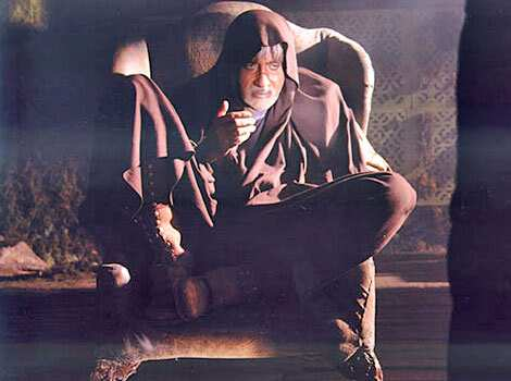 Amitabh Bachchan in a still from the film Ram Gopal Varma ki Aag. Video: Sholay revisited?  Preview: Ram Gopal Varma Ki Aag