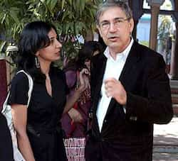 Bookers Prize winner Kiran Desai and companion Orhan Pamuk caught in the moment at the Jaipur Literature Festival. Here