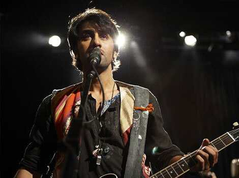 Rock song Sadda Haq has become quite popular. Nargis-Ranbir