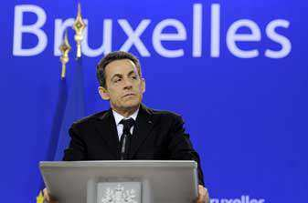Debt Crisis: Merkel and Sarkozy to push for financial transaction tax
