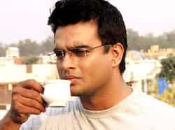 Madhavan plays a sober NRI boy who is chosen by Tanu