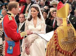 Prince William puts the ring on Kate Middleton