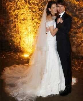 Katie Holmes and Tom Cruise got married on November 18, 2006. Craziest celebrity weddings ever!