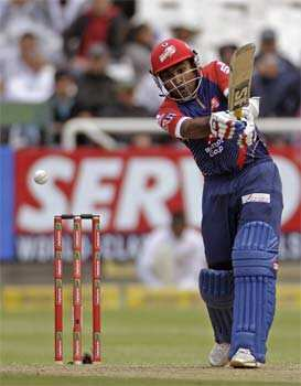 Delhi Daredevils Mahela Jayawardene plays a shot against Perth Scorchers during a Champions League Twenty20 game in Cape Town. AP Photo/Schalk van Zuydam CLT20: Delhi beat Perth