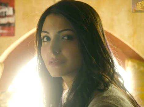 Anushka Sharma looks sexy in her new look from the film. Bollywood release: Matru Ki Bijli Ka Mandola