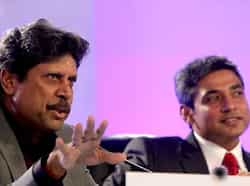 (L-R) Former cricketer Kapil Dev and Ajay Jadeja during the sixth session of Hindustan Times Leadership Summit at Taj Palace in New Delhi. HT/Arijit Sen HT Summit 2012- Day 1
