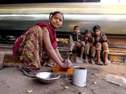 Laxmi, a homeless girl, staying with family members besides railway track for last two years in Okhla, New Delhi. HT photo/Raj K Raj In search of shelter