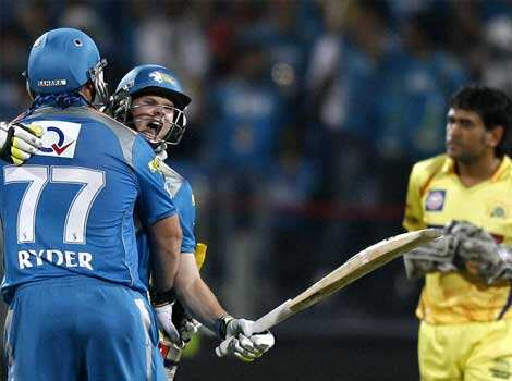 Pune Warriors batsmen Steve Smith and Jesse Ryder celebrate after beating Chennai Super Kings during their IPL-5 match in Pune. PTI/Shashank Pune beat Chennai