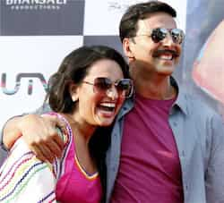 Sonakshi Sinha and Akshay Kumar share a moment during the event. Sonakshi, Akshay on a promotional spree