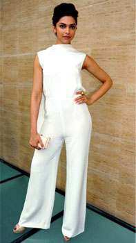 Deepika Padukone carries the attire quite well. STUNNER! Deepika Padukone paints the town white