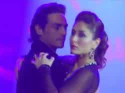 Kareena Kapoor with Arjun Rampal. BOLLYWOOD RELEASE - Kareena Kapoor in Heroine