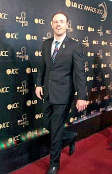 South African cricket captain AB De Villiers arrives for the ICC Awards 2012 in Colombo, Sri Lanka. (AP Photo/Eranga Jayawardena) ICC Awards 2012