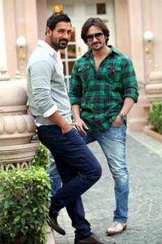 Saif Ali Khan and John Abraham have a three things in common, they