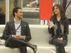 Imran Khan and Anushka Sharma entered Bigg Boss 6 house on Saturday and spent some time with the inmates. Imran Khan said he wanted Urvashi Dholakia to win. BIGG BOSS 6: Imran, Anushka promote Matru Ki Bijli Ka Mandola