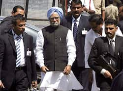 Prime Minister Manmohan Singh visits the Disukh Nagar blast site with Andhra Pradesh chief minister Kiran Kumar Reddy in Hyderabad. Reuters/UNI PM visits Hyderabad