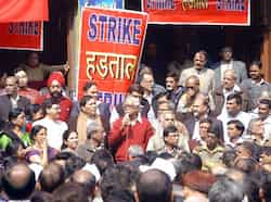CPI leader Gurudas Dasgupta addresses bank employees during the two-day nationwide strike called by All India Central Council of Trade Unions (AICCTU) in New Delhi. UNI Trade union strike hits India