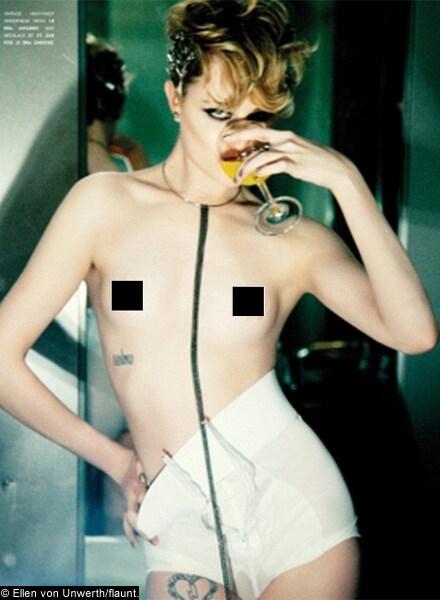 https://www.hindustantimes.com/Images/HTEditImages/Images/Evan-Rachel-Wood-topless.jpg