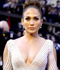 https://www.hindustantimes.com/Images/HTEditImages/Images/JLo-malfunction.jpg