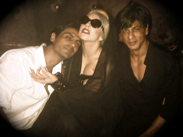 http://www.hindustantimes.com/Images/HTEditImages/Images/lady-gaga-srk-arjun-twitternew.jpg