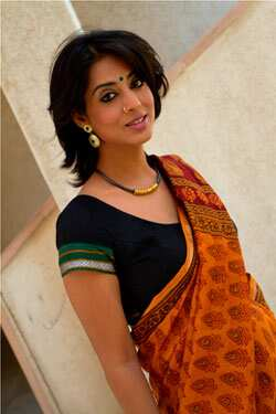 https://www.hindustantimes.com/Images/HTEditImages/Images/mahie-gill-new.jpg