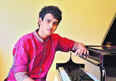 https://www.hindustantimes.com/Images/Popup/2012/4/raga-pianist.jpg