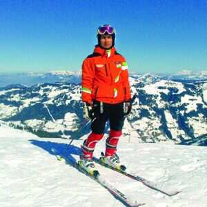http://www.hindustantimes.com/Images/Popup/2014/1/gulmarg195_compressed.jpg
