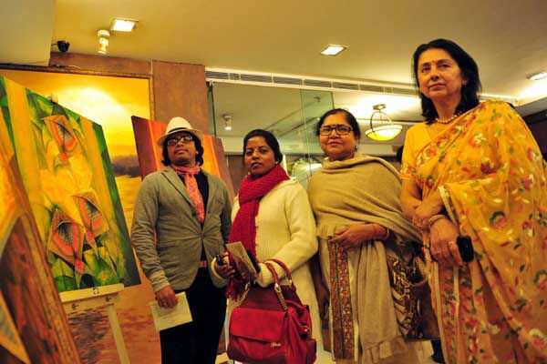 https://www.hindustantimes.com/Images/Popup/2014/1/painters_compressed.jpg