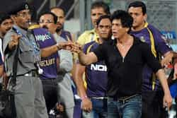 http://www.hindustantimes.com/Images/popup/2012/12/SRK-MCA-controversy.jpg
