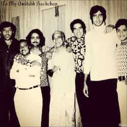 http://www.hindustantimes.com/Images/popup/2013/9/amitabh-sholay-vintage.jpg