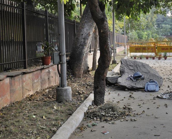 http://www.hindustantimes.com/Images/popup/2014/11/Mandir-Marg_After_B.jpg