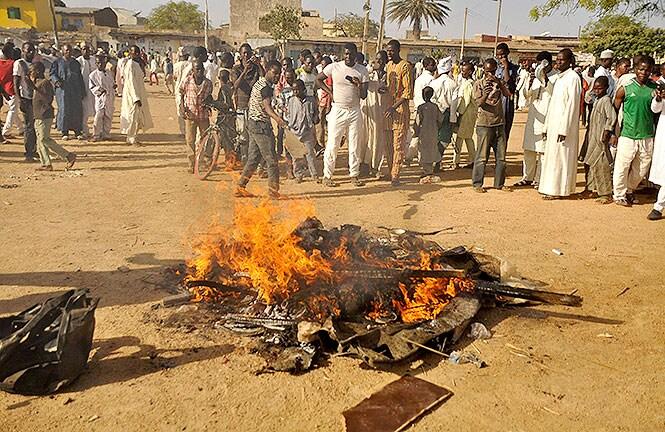 http://www.hindustantimes.com/Images/popup/2014/11/Nigeria2a.jpg
