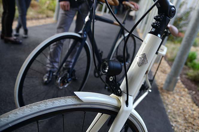 http://www.hindustantimes.com/Images/popup/2014/11/bike3.jpg