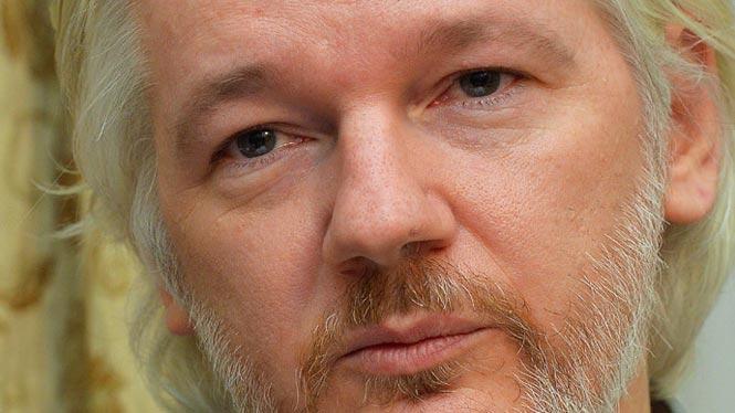 http://www.hindustantimes.com/Images/popup/2014/9/assange.jpg