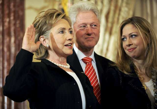 http://www.hindustantimes.com/Images/popup/2015/4/clinton.jpg