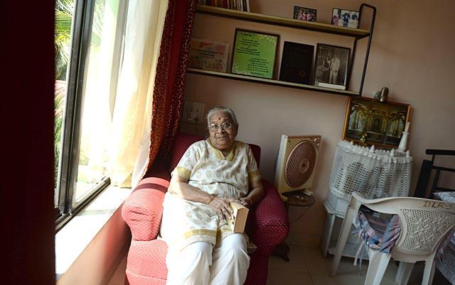 http://www.hindustantimes.com/Images/popup/2015/4/senior7.jpg