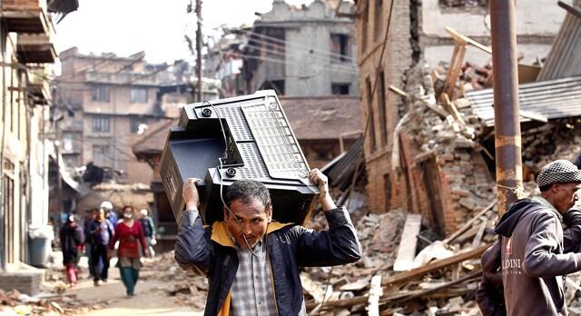 https://www.hindustantimes.com/Images/popup/2015/5/05-bhaktapur-radio.jpg