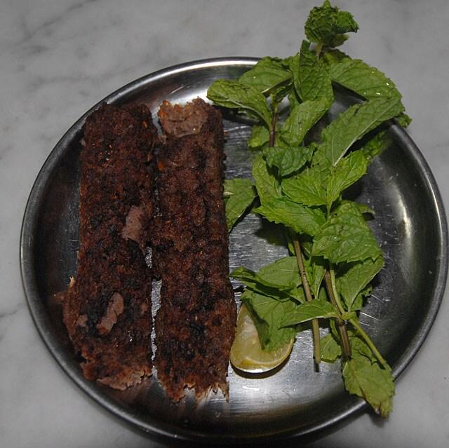 http://www.hindustantimes.com/Images/popup/2015/6/juicy-seekh-kebab.jpg