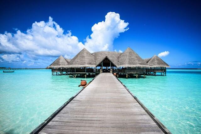https://www.hindustantimes.com/Images/popup/2015/6/maldives.jpg