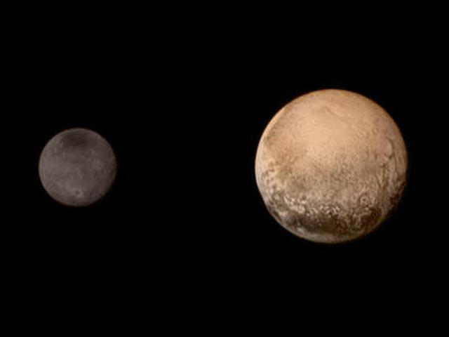 http://www.hindustantimes.com/Images/popup/2015/7/Pluto-live-link-3.jpg