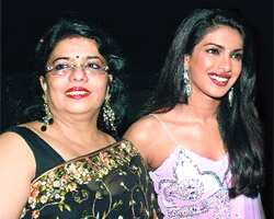 Priyanka Chopra with her mom