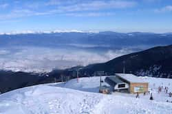 Skiing in Bansko, Bulgaria came in at £108.59 (€128.90) for one night
